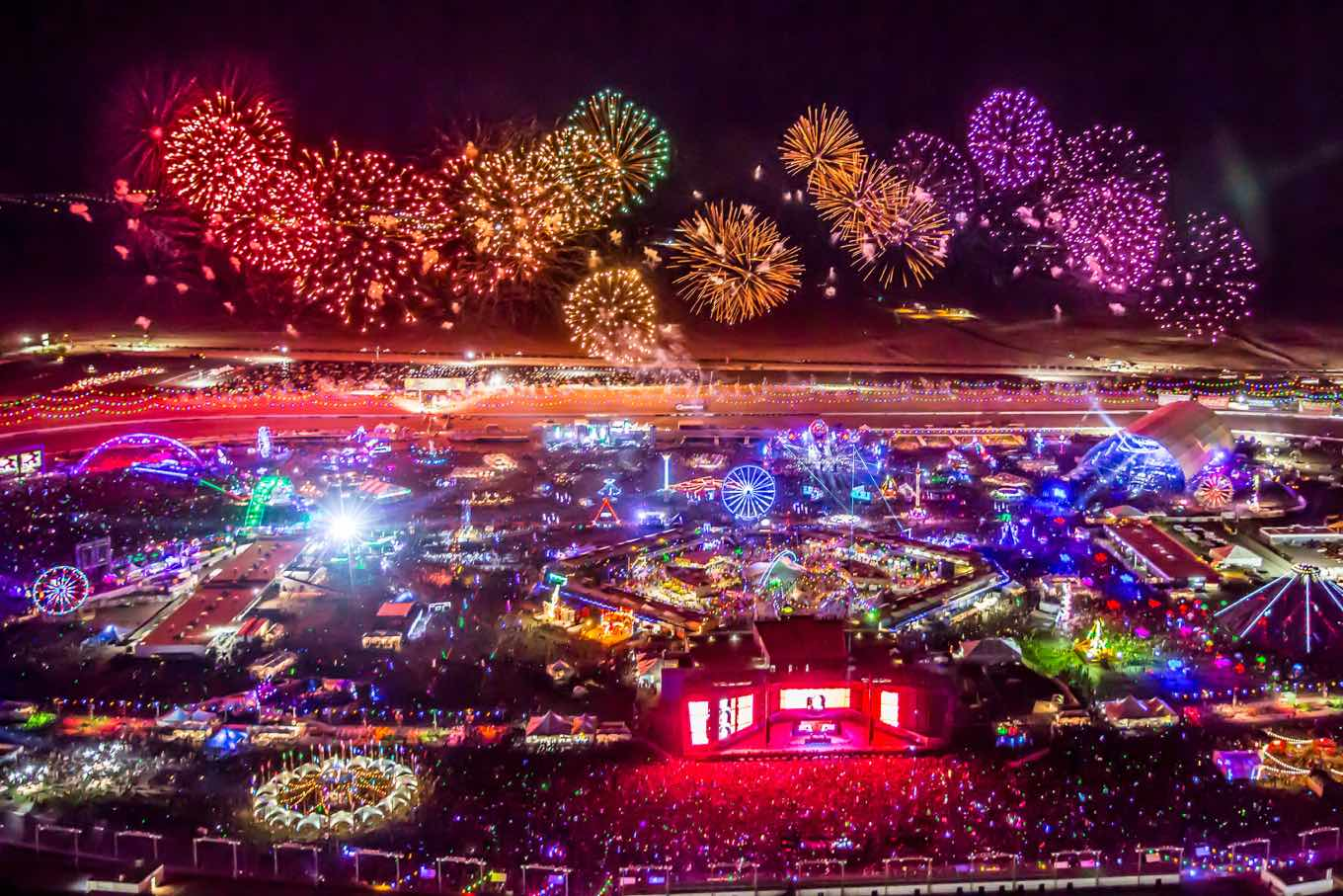 102030e47372 This aerial image shows the lights and fireworks of the biggest music  festival in North America