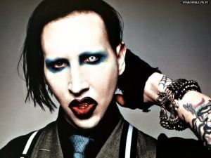 Picture of Marilyn Manson, a metal artist who is criticized by many for his dark lyrics
